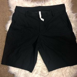 Men's Lululemon Shorts Size 38